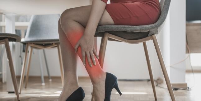 dureri musculare la nivelul picioarelor și articulațiilor cauzează