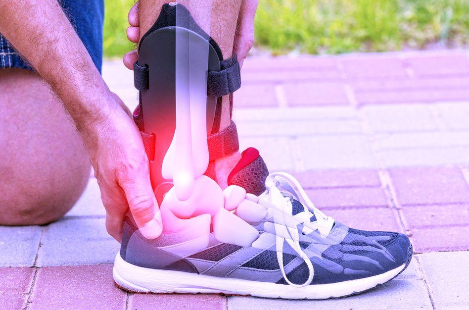crize și durere în articulația încheieturii amelioreaza medicatia pentru dureri articulare