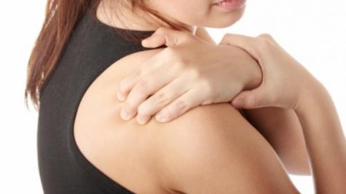 dureri de umăr la femei