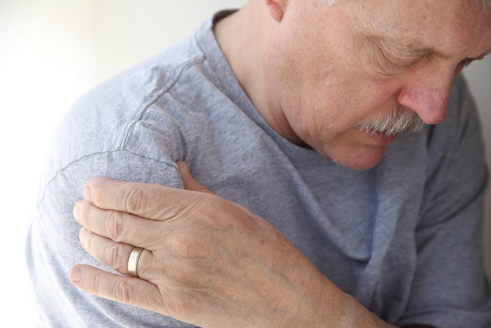 durere după injecție boala articulației claviculare
