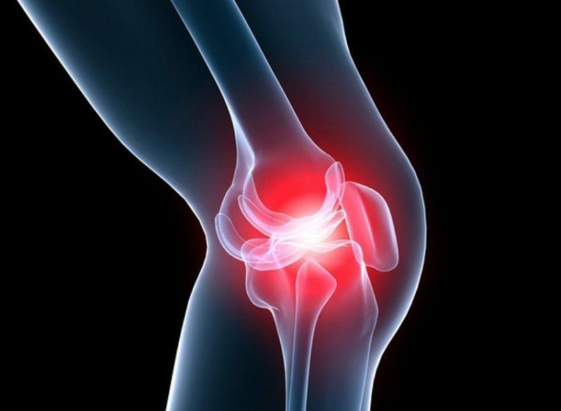 genunchiul dă clic și doare toate articulațiile din partea dreaptă